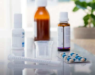 Medikamente auf Ablage